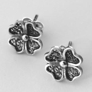 Brincos de filigrana em prata