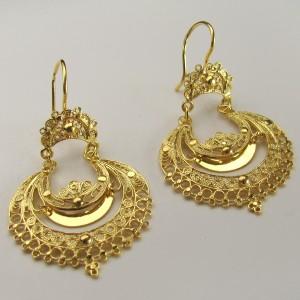 Brincos de filigrana em prata dourada