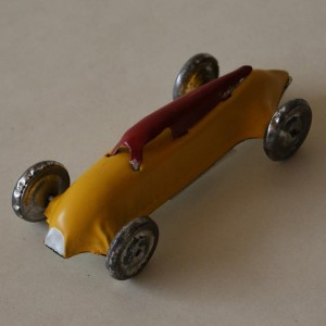 Pointy car made of tin - collectable and decorative item